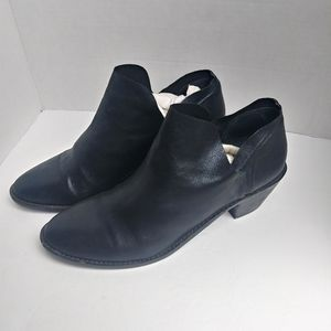 Anthropologie KDB Black Leather Ankle Booties. 11